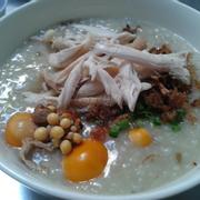 Cháo gà xé trứng 25k