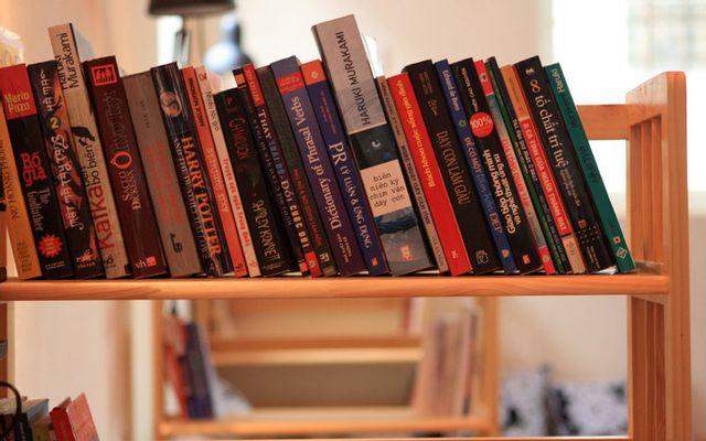 Book Cafe - Tạ Quang Bửu