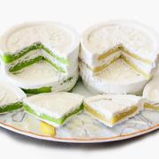 Bánh in nhân 35000/1boc 4 cái