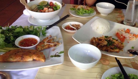 Trống Cơm Restaurant