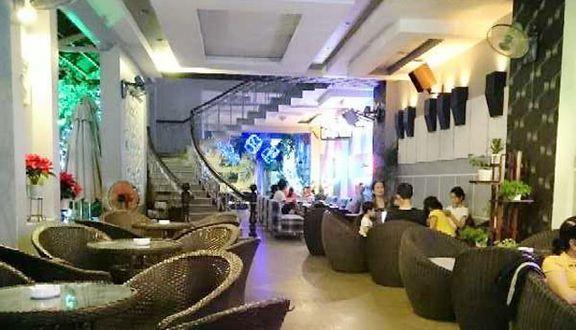 NewMoon Cafe