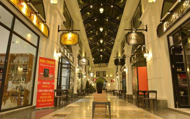 Almaz Shopping Center - Vinhomes Riverside