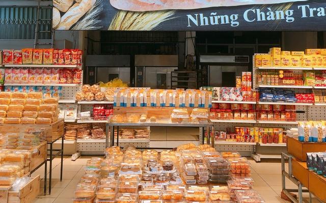 Tiệm Bánh Mì Những Chàng Trai - Lê Văn Khương