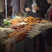 Ăn vặt chợ đêm ĐL