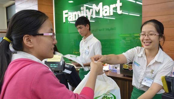 FamilyMart - Hoàng Hoa Thám
