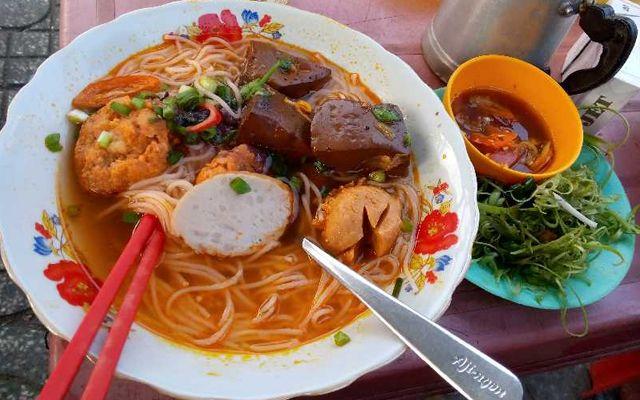 Bún Riêu Cua - Ngã Tư Phạm Văn Chí
