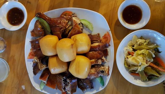 Ghế Gỗ - Food & Beer