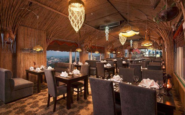 Top Floor Rue Des Seaux Restaurant - Hàng Thùng