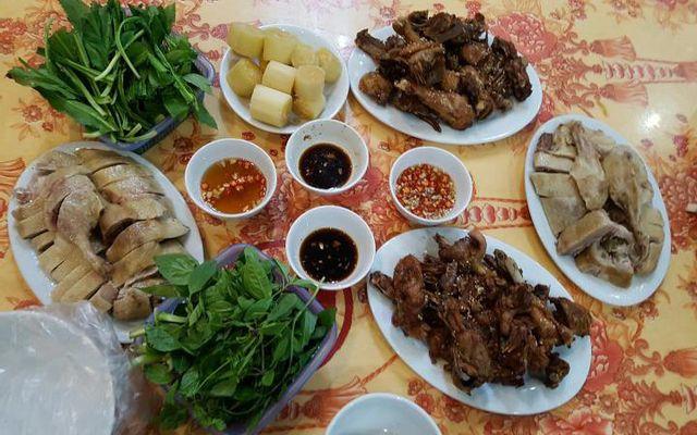 Nhà hàng Phú Bốn - Yên Tử