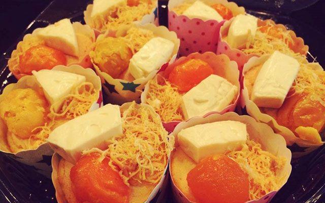 Ma Múc - Bánh Bông Lan Trứng Muối Phomai