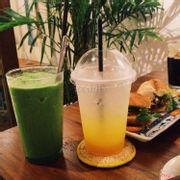 Trà trái vải + sinh tố trà xanh hạt sen