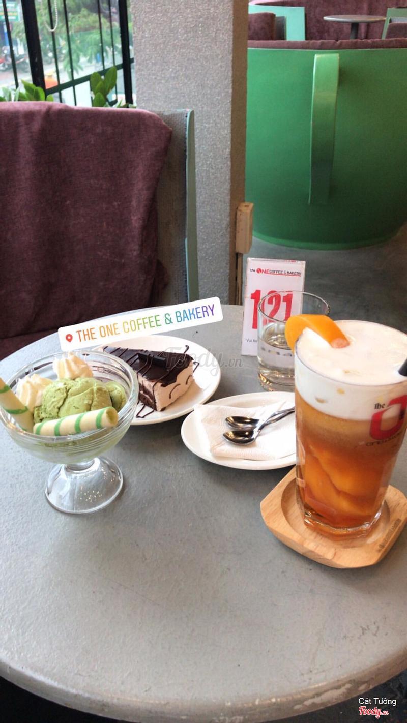 Kem matcha + Bánh chocolate + Trà đào