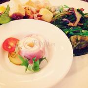 Món bông hoa thật xink, món sald rong biển kia cực ngon :*