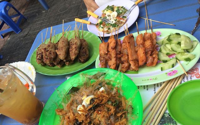 Hẻm Ăn Vặt - Nguyễn Tri Phương