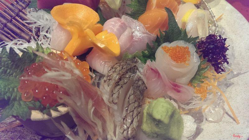 Sashimi thập cẩm