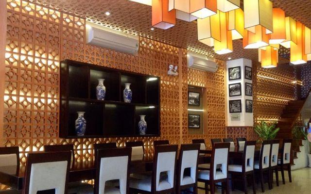 Nhà Huế Restaurant