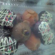 Bánh cupcake các hương: trà xanh, sô cô la, hạnh nhân, trứng muối, phô mai