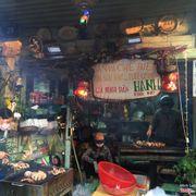 Chợ trên đg Trương Công Định - Chế biến ngay tại chỗ nè