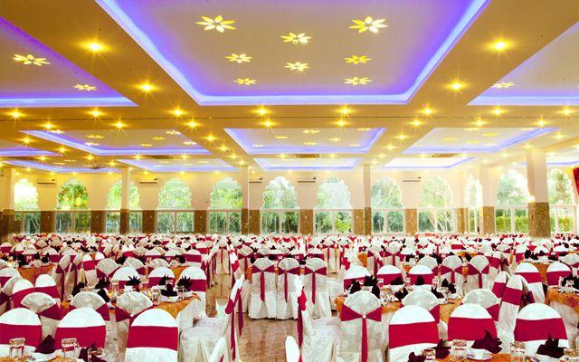 Hoàng Lan Cầu Dứa Restaurant