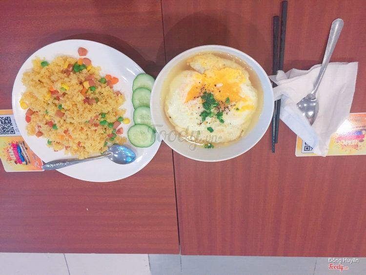 Mì tôm trứng và cơm chiên dương châu