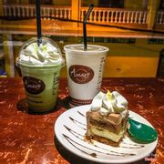 Green tea latte + milk coffee + classic tiramisu