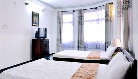 6 Hotel - Nguyễn Xiển