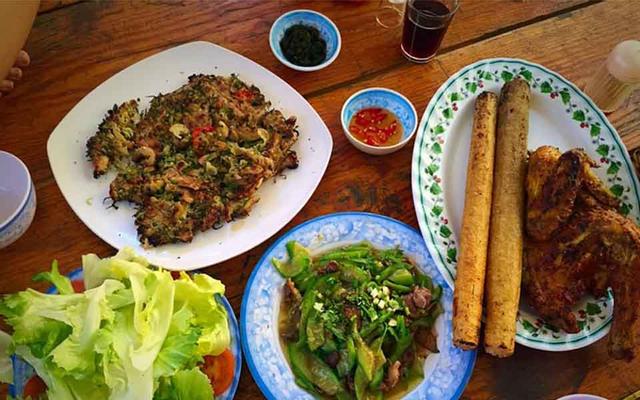 Tam Nguyên Ayun - Cơm Lam & Gà Nướng