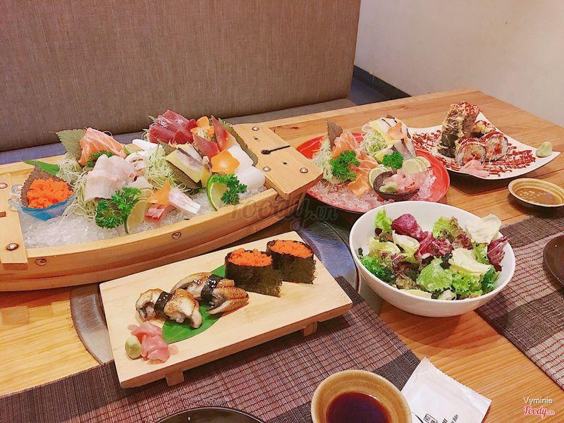Sashimi + sushi