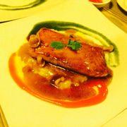 Cá hồi áp chảo sốt nấm dùng kèm khoai tây nghiền