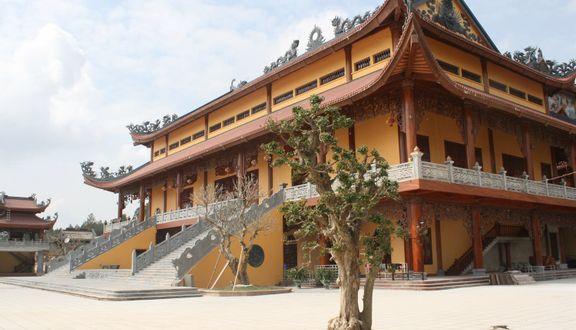 Chùa Ba Vàng - Uông Bí