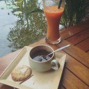 Cafe + nước ép cà rốt
