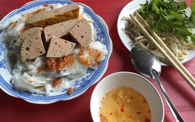 Quán Lâm - Bánh Cuốn Nóng, Mì Quảng