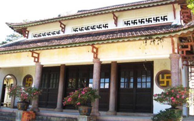 Chùa Quán Thế Âm - Bà Huyện Thanh Quan