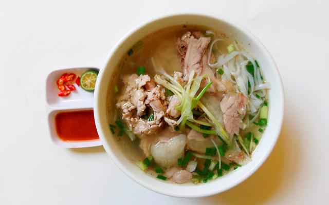 Phở Phú Xuân - Huỳnh Tấn Phát