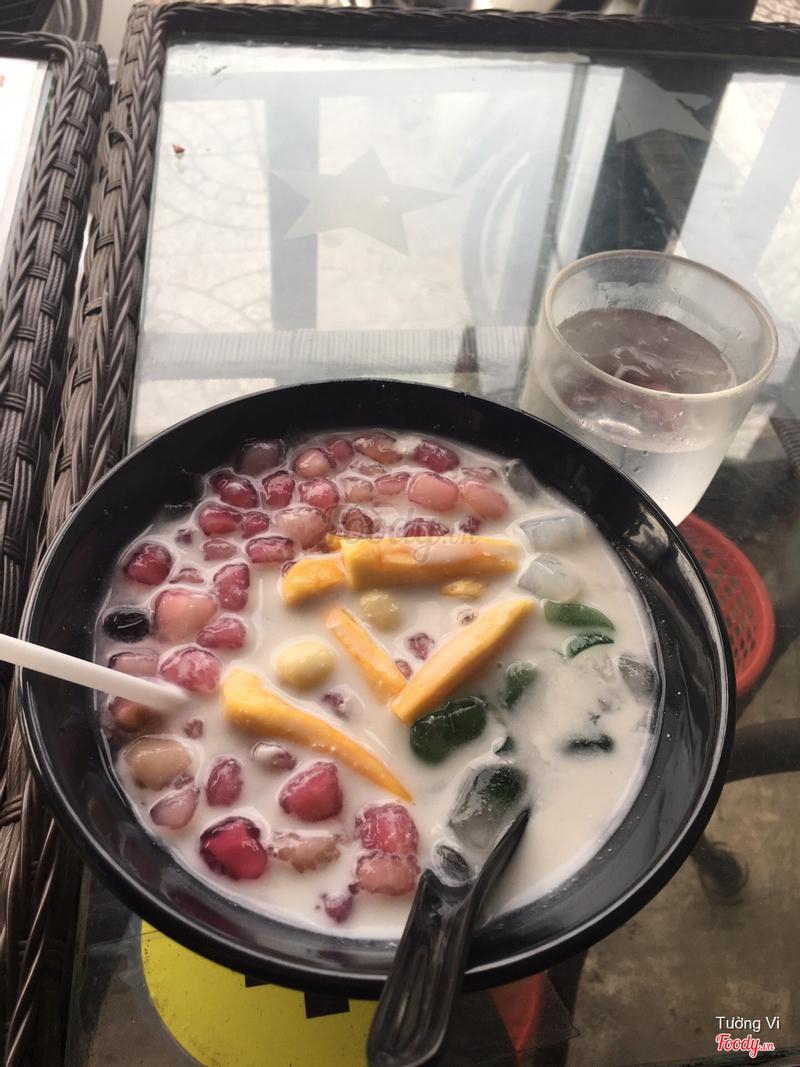 Chè củ năng nước cốt dừa
