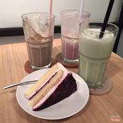 Blueberry yogust cake