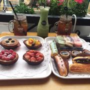 Bánh ở Madame Hương, được cái đẹp chứ ăn không ngon đâu ạ :(
