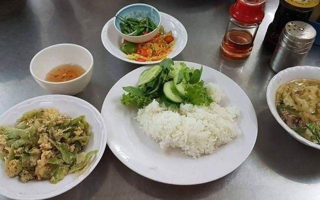 Cafe & Cơm Văn Phòng - Lý Thường Kiệt
