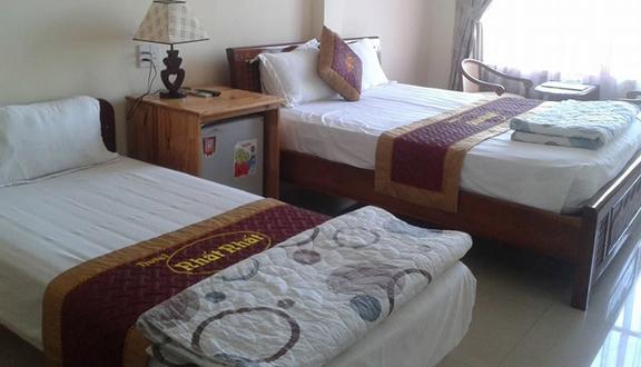 Nhất Nhất Hotel - Phạm Văn Bạch