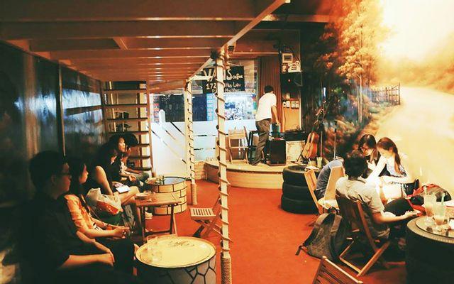 Văn's Coffee Acoustic - Trần Huy Liệu