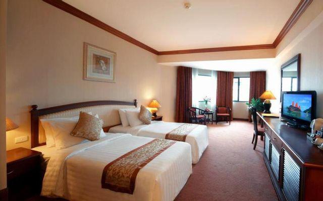Halong Plaza Hotel - Hạ Long