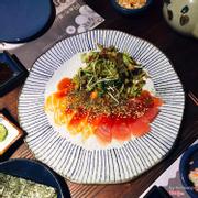 salad cá ngừ - cá hồi