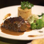 Beefsteak Úc sốt nấm 380k
