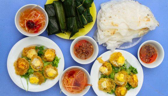 Ăn Bánh Căn Ở Đà Nẵng