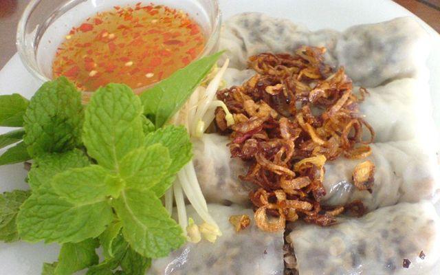 Huỳnh Yến - Bánh Cuốn Nóng - Đường 25C