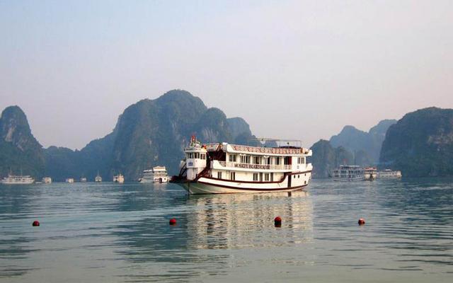Monkey Island Cruise - Tuần Châu