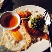 Cơm tấm Tai heo Ốp la