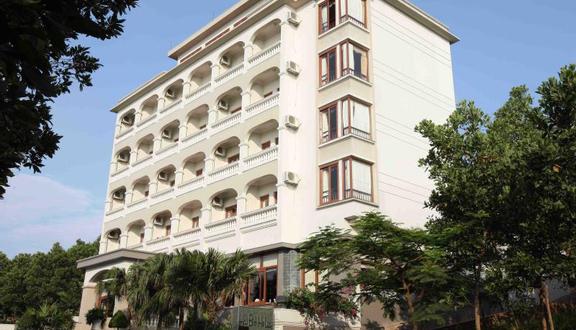 Hoa Binh Ha Long Hotel - Tuần Châu