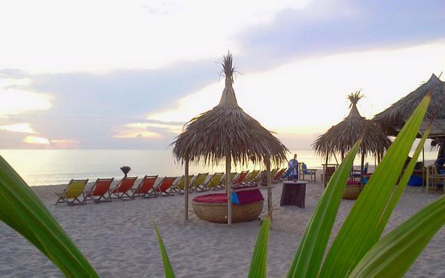Beach Bar Hue - Bãi Biển Thuận An