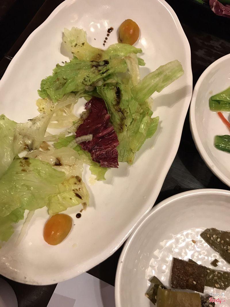 Banchan salad tặng kèm